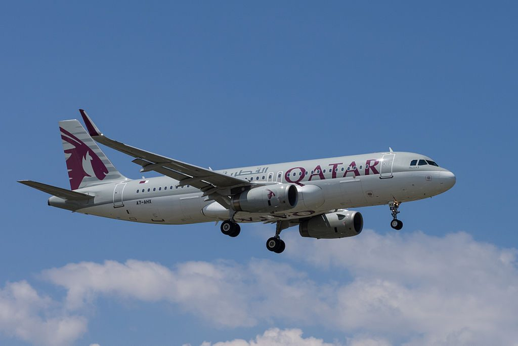 Qatar Airways A7 AHX Airbus A320 232 at Geneva International Airport
