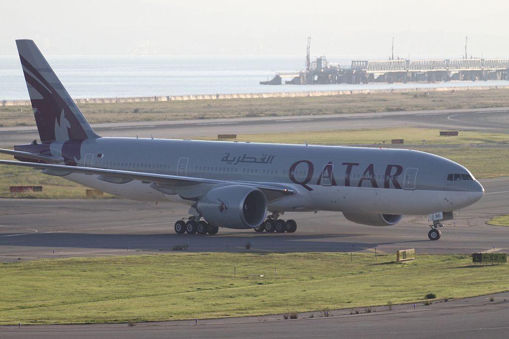 Qatar Airways A7 BBE Boeing 777 200LR at Osaka Kansai International