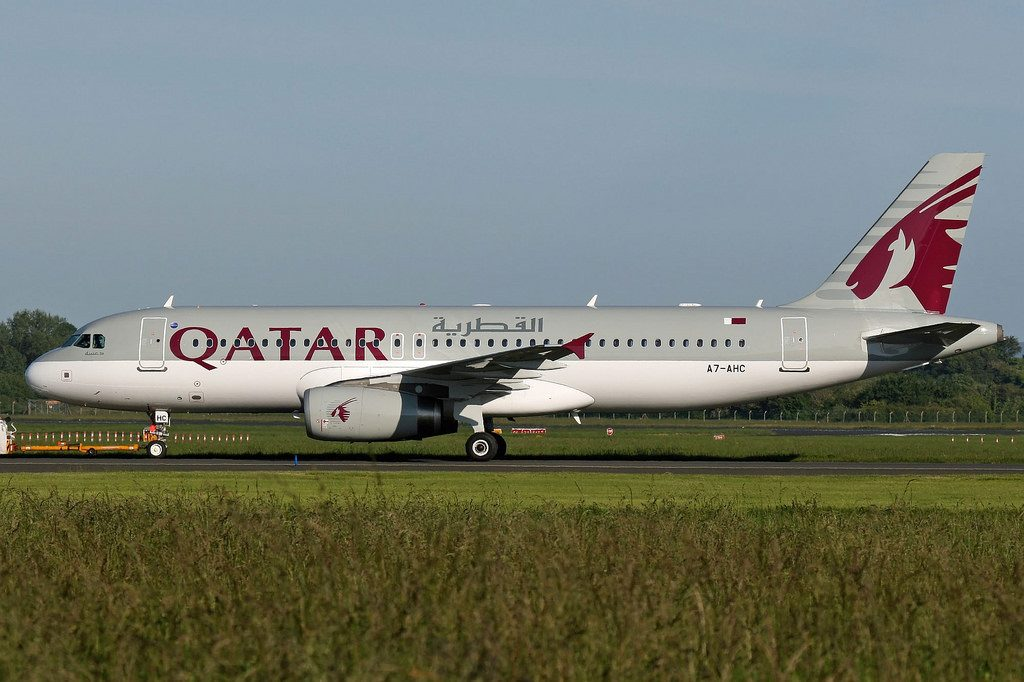 Qatar Airways Airbus A320 232 A7 AHC