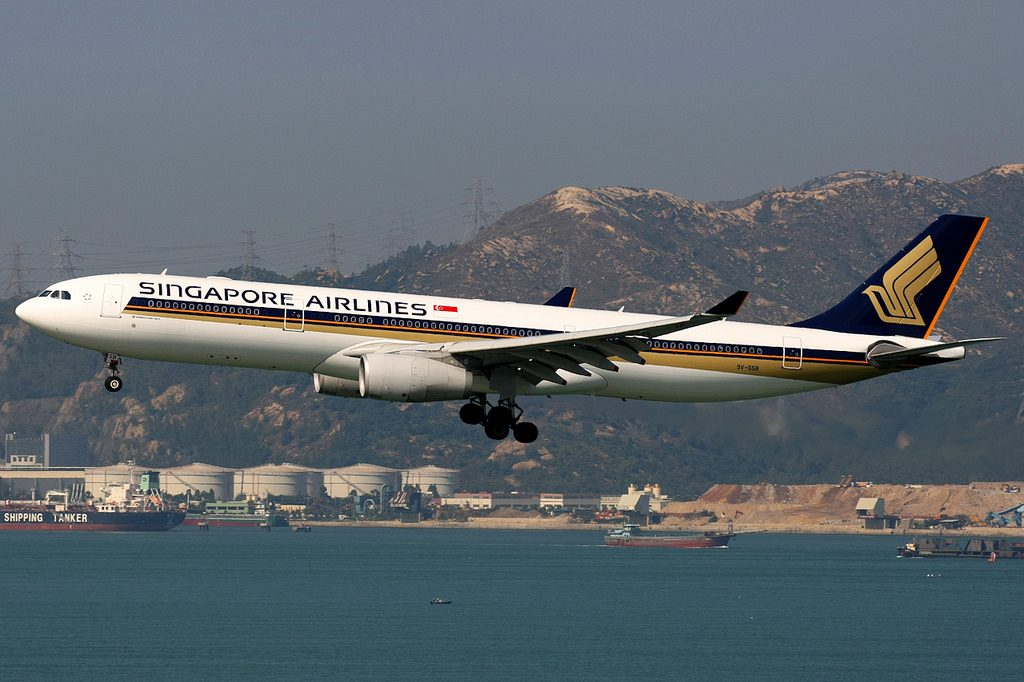 Singapore Airlines Airbus A330 300 9V SSB Hong Kong International
