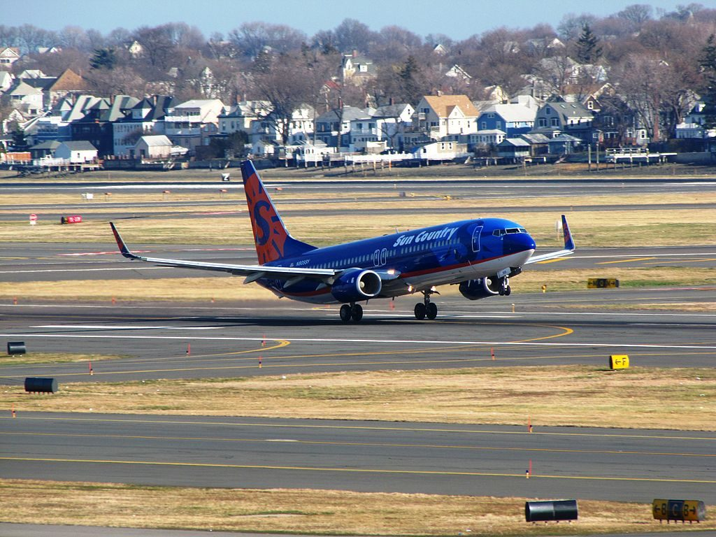 Sun Country Airlines Boeing 737 800 N805SY at General Edward Lawrence Logan International Airport