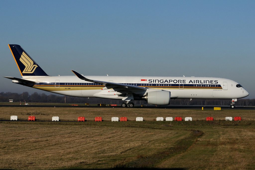 9V SMH Airbus A350 941 Singapore Airlines at Duesseldorf International Airport DUS
