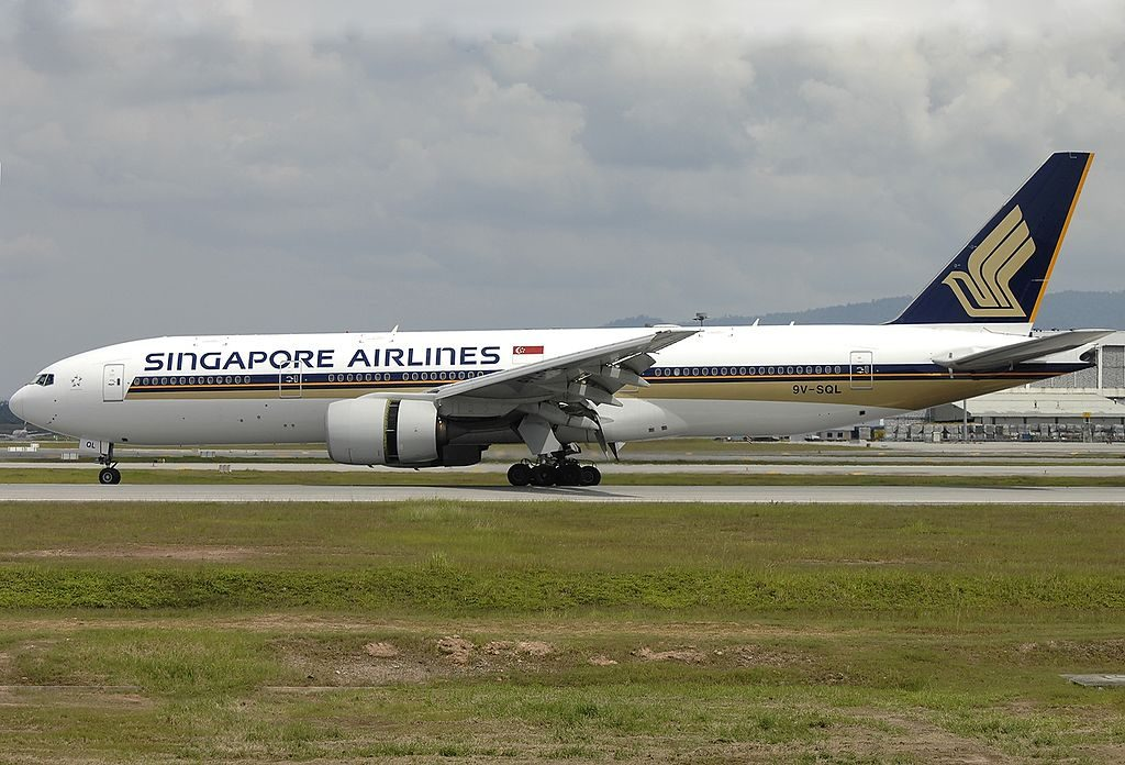 9V SQL Boeing 777 212 Singapore Airlines landing at Kuala Lumpur International Airport