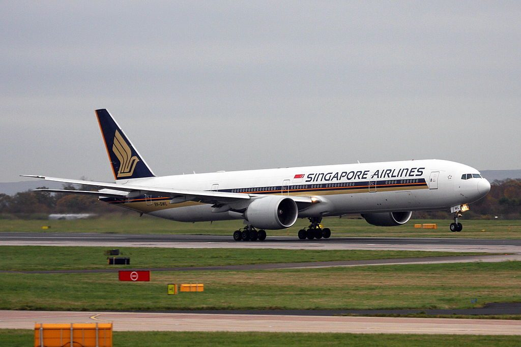 9V SWL Boeing 777 312ER of Singapore Airlines at Manchester Airport