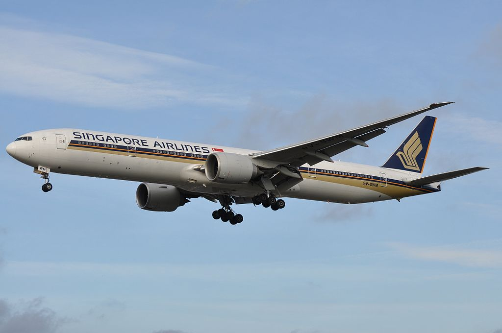9V SWM Boeing 777 312ER of Singapore Airlines at London Heathrow Airport