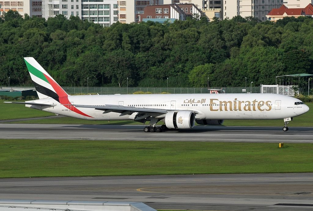 A6 EBB Boeing 777 36NER Emirates at Singapore Changi Airport