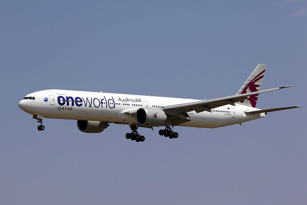 A7 BAB Qatar Airways Boeing 777 3DZER Oneworld Livery Beijing Capital International Airport PEK