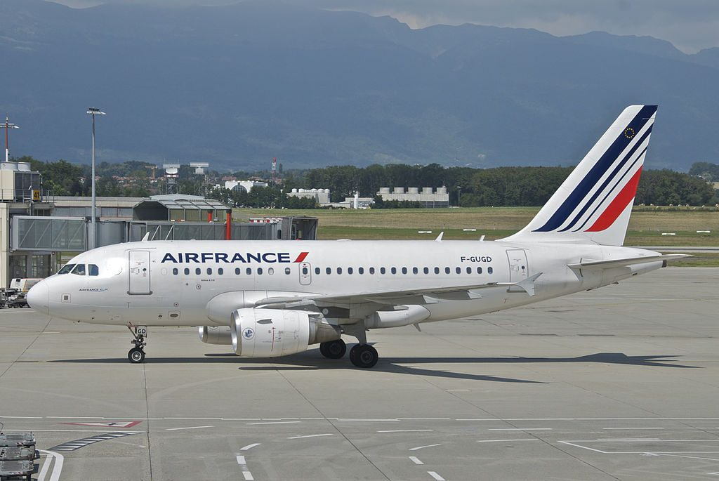 Air France Airbus A318 111 F GUGD at Geneva International Airport