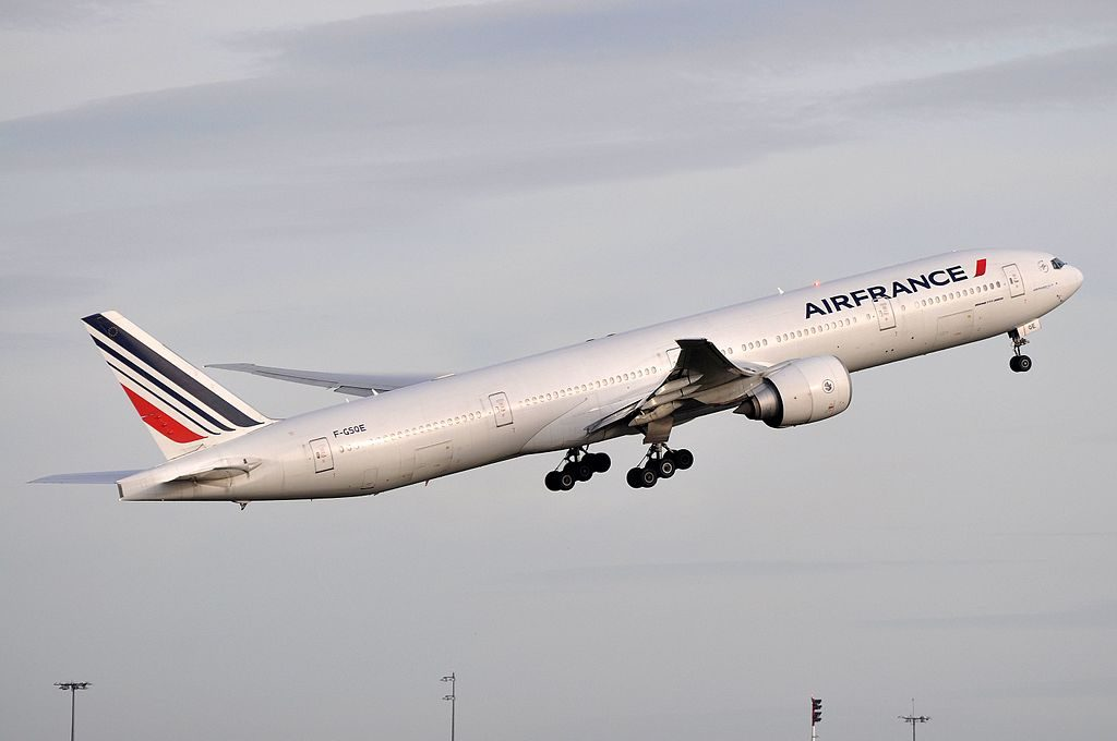 Air France F GSQE Boeing 777 300ER departing CDG Airport