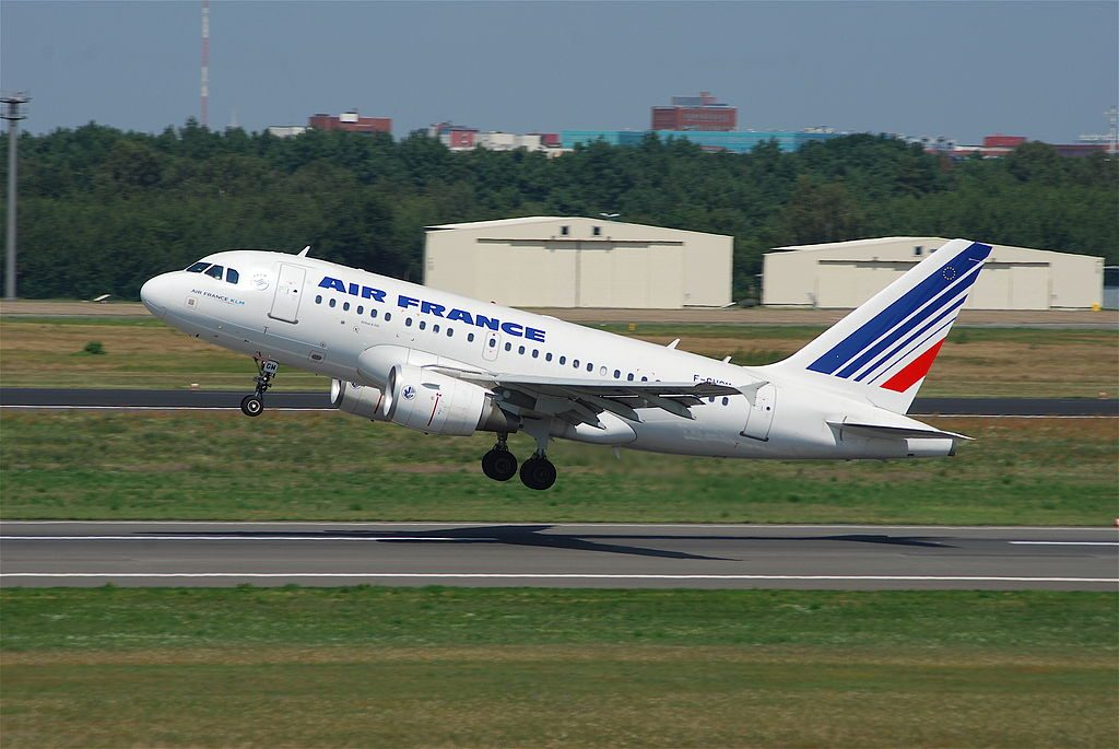 Air France F GUGM Airbus A318 100 departing Berlin Tegel TXL