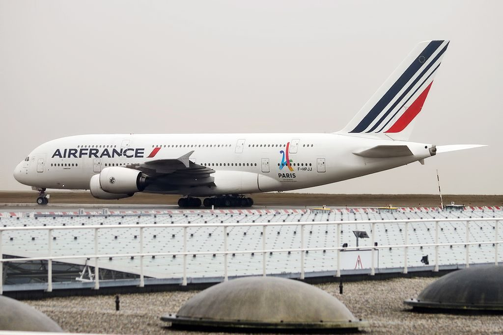 Air France F HPJJ Airbus A380 861 at Paris Charles de Gaulle Airport