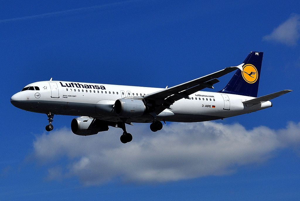 Airbus A320 211 Lufthansa D AIPE Kassel at London Heathrow Airport