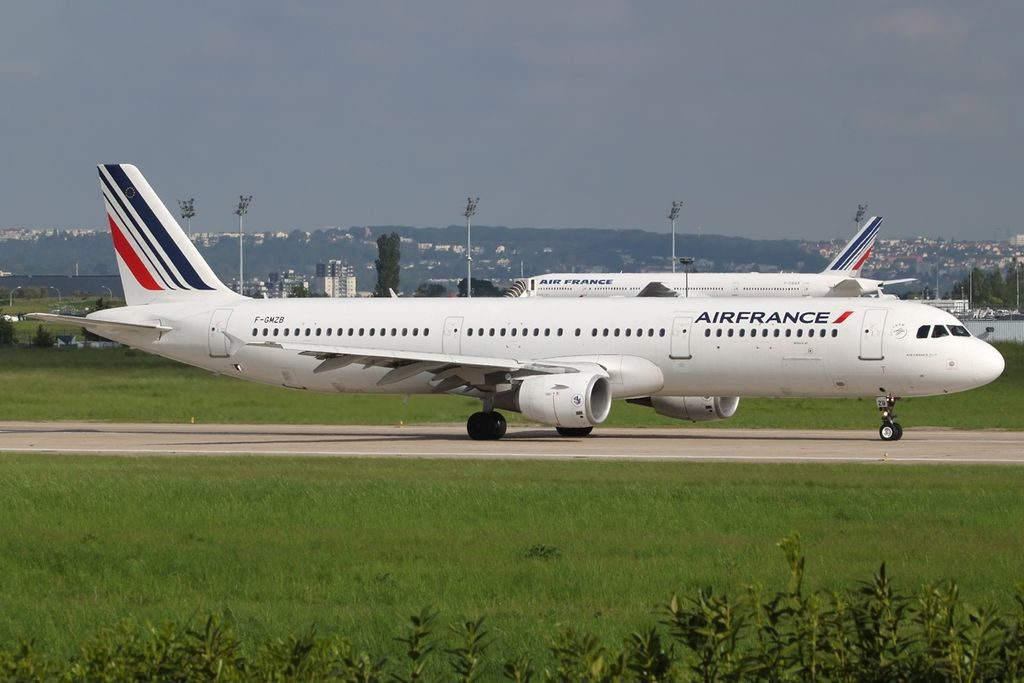 Airbus A321 111 Air France F GMZB at ORY Paris Orly