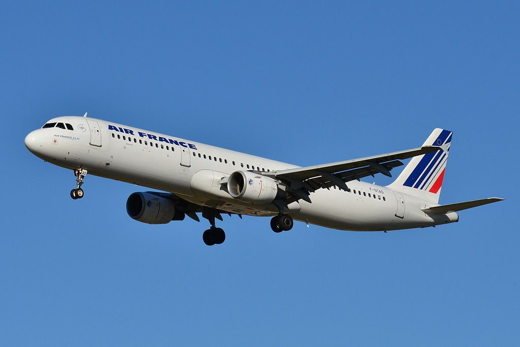 Airbus A321 200 Air France F GTAO at Toulouse Blagnac Airport LFBO