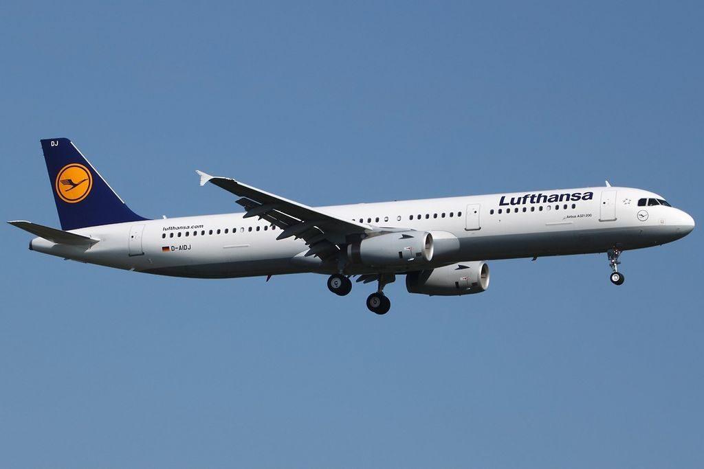 Airbus A321 231 Lufthansa D AIDJ Remscheid at FRA Frankfurt Rhein Main Germany