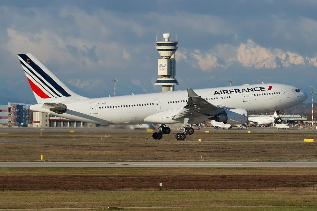 Airbus A330 203 Air France F GZCB at Milan Malpensa Airport