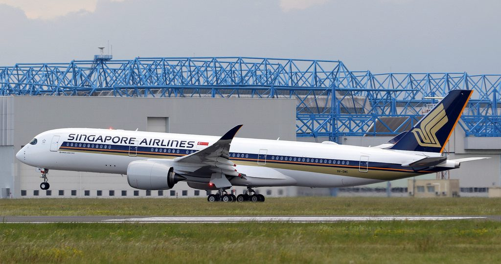 Airbus A350 900 Singapore Airlines 9V SMC delivery flight from Toulouse Blagnac Airport