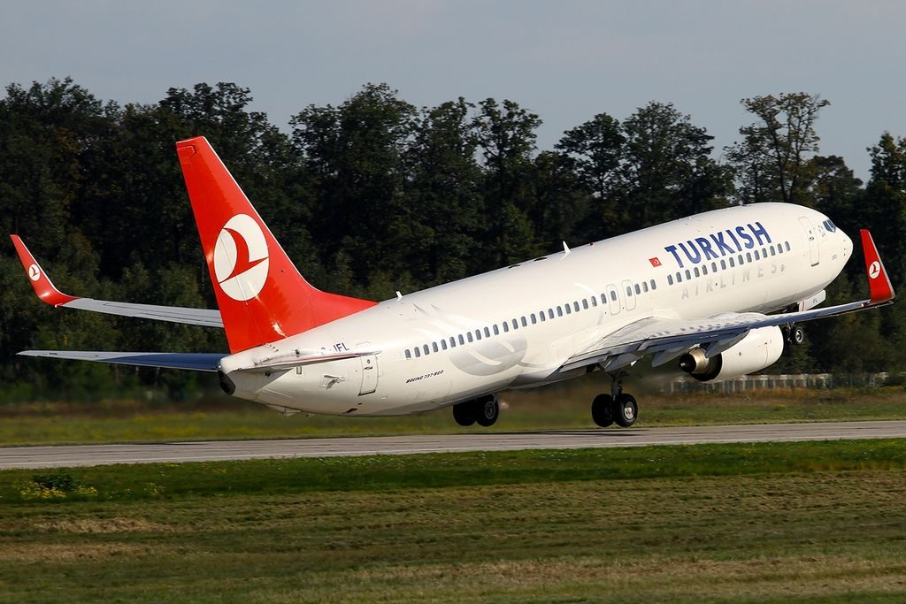 Boeing 737 8F2 Turkish Airlines TC JFL Dumlupınar at Frankfurt Airport