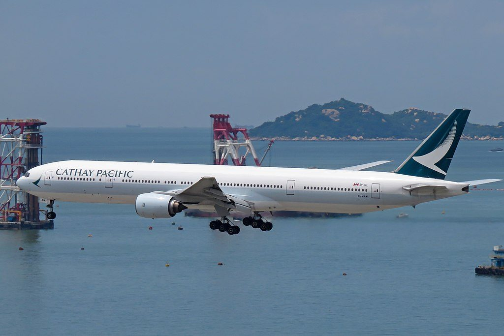 Boeing 777 300 of Cathay Pacific B HNM arrival from Manila at Hong Kong International Airport