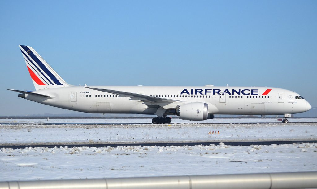 Boeing 787 9 Dreamliner 42487 630 Air France F HRBD at Paris Charles de Gaulle Airport