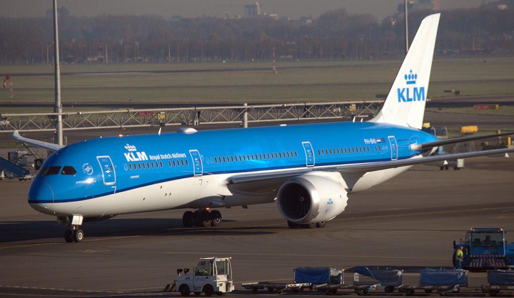 Boeing 787 9 Dreamliner PH BHI KLM Lavendel Lavender at Amsterdam Schiphol