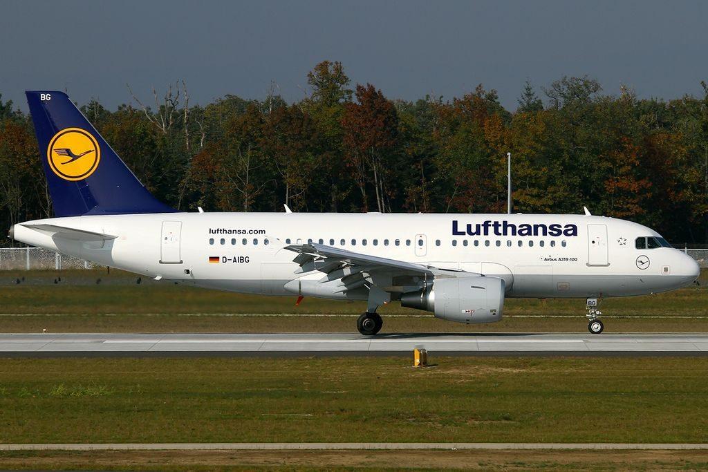 D AIBG Airbus A319 112 Kirchheim unter Teck Lufthansa at Frankfurt Airport