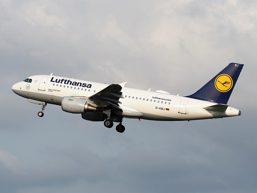 D AIBJ Lufthansa Airbus A319 112 Lorsch takeoff from Schiphol Airport Amsterdam
