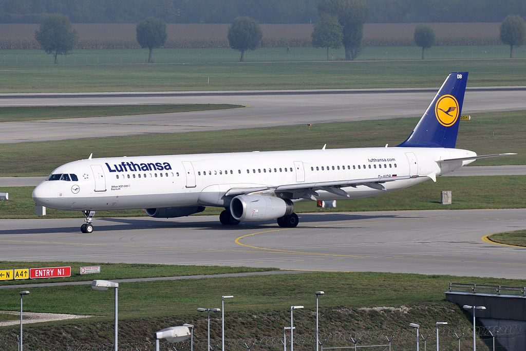 D AIDB Airbus A321 231 Bayreuth of Lufthansa at Munich Airport