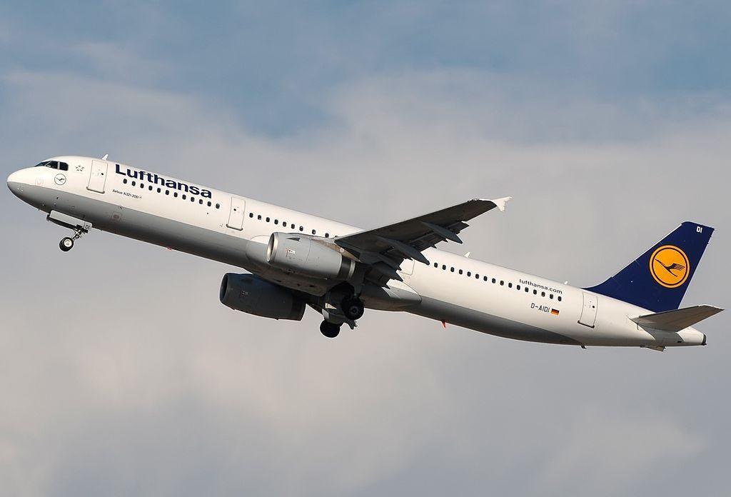 D AIDI Airbus A321 231 Lufthansa Salzgitter at Rome Fiumicino Airport
