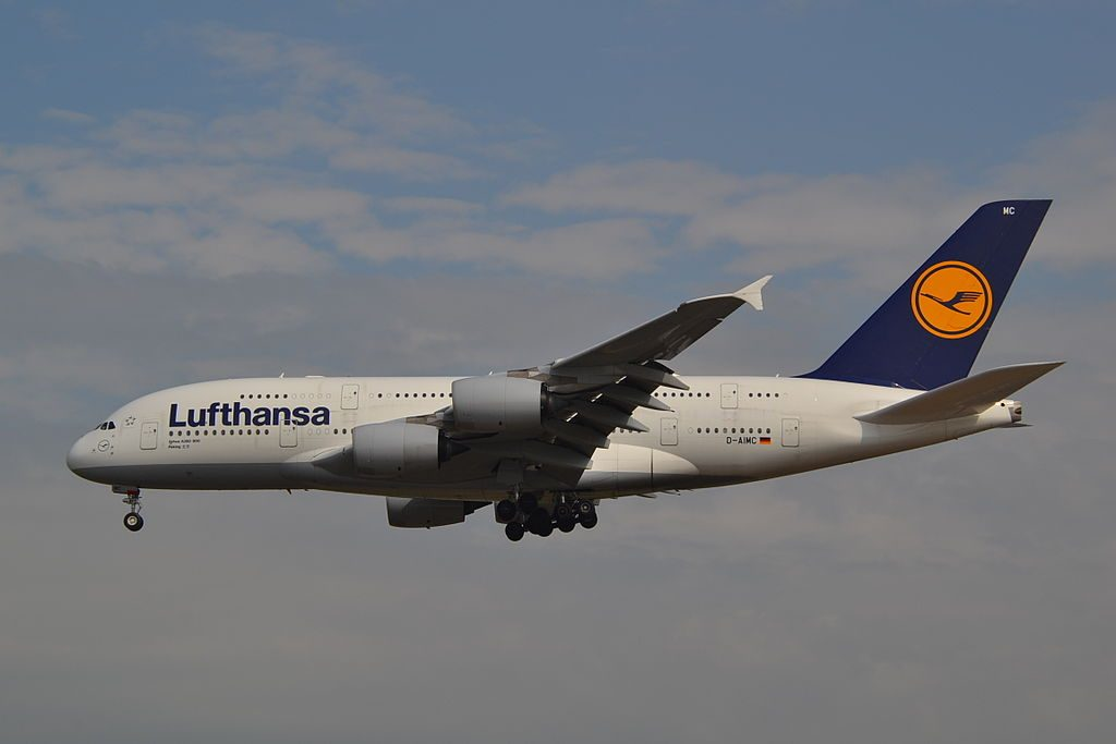 D AIMC Airbus A380 841 Lufthansa Peking on final approach to rwy25L at Frankfurt Airport