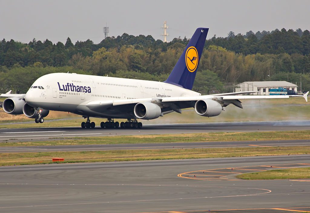 D AIMJ Airbus A380 841 Brüssel of Lufthansa landing at Narita International Airport