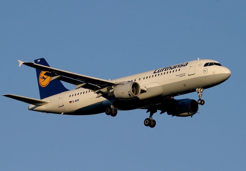 D AIPF Airbus A320 211 Deggendorf Lufthansa at Frankfurt Airport