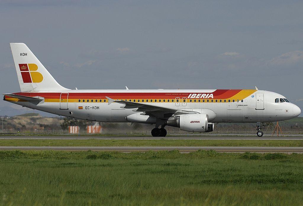 EC KOH Airbus A320 214 Fontibre Iberia at Rome Fiumicino Airport