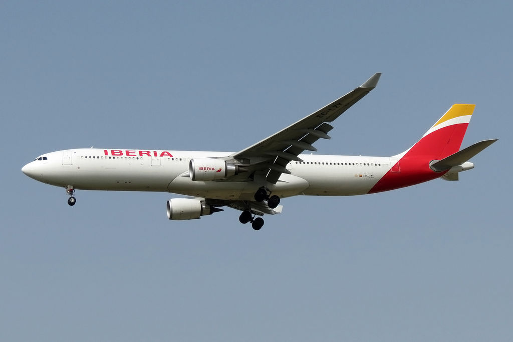 EC LZX Iberia Airbus A330 300 Madrid lands at Tel Aviv Ben Gurion Airport