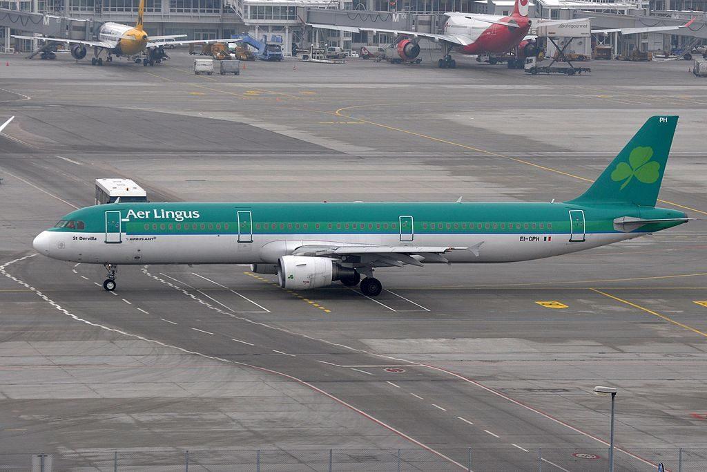 EI CPH Airbus A321 200 of Aer Lingus St Dervilla Dearbhile at Munich Airport