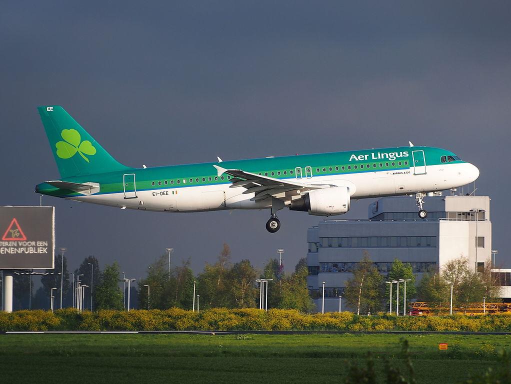 EI DEE Aer Lingus Airbus A320 200 MSN 2250 Saint Ultan landing at Schiphol
