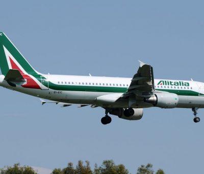 EI EIC Airbus A320 216 Alitalia Leonardo Sciascia at Fiumicino Airport