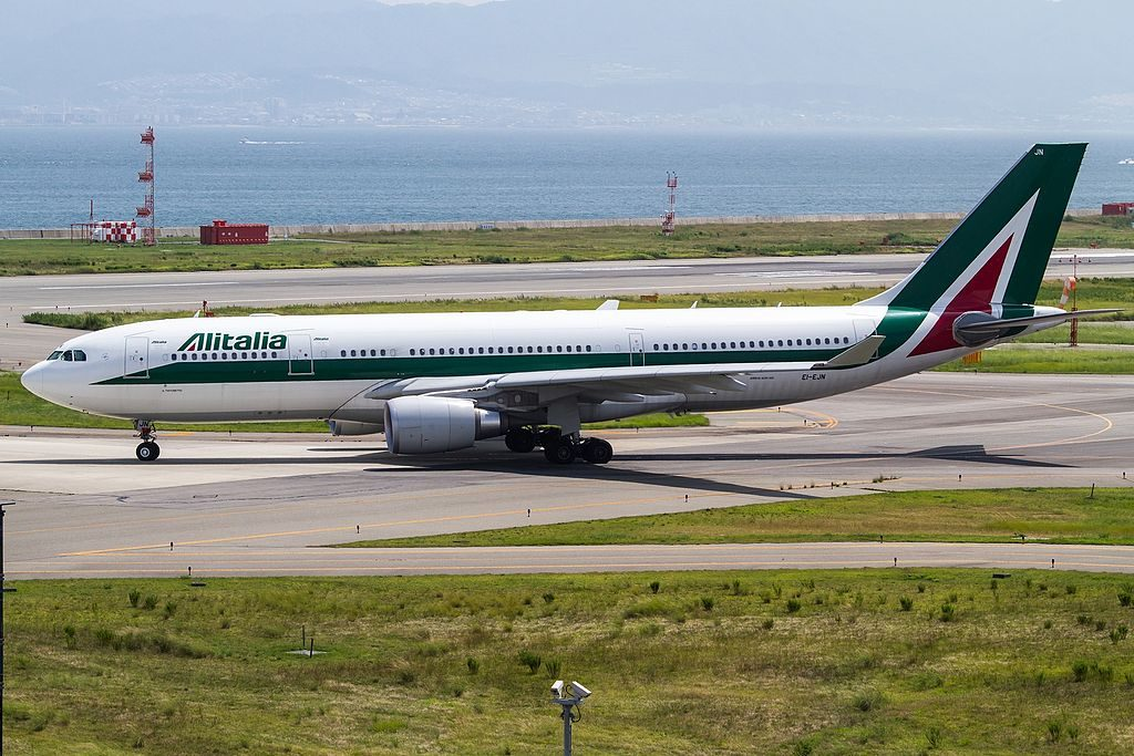 EI EJN Airbus A330 200 of Alitalia Il Tintoretto at Kansai International Airport