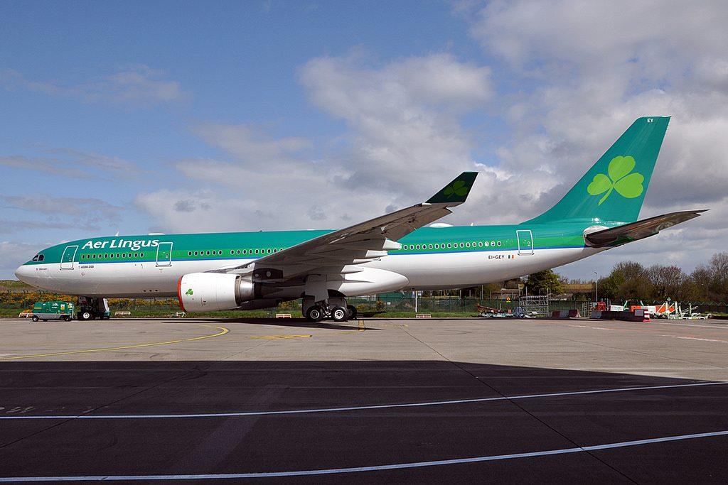 EI GEY Airbus A330 202 Aer Lingus St Benan Beineón at Dublin Airport