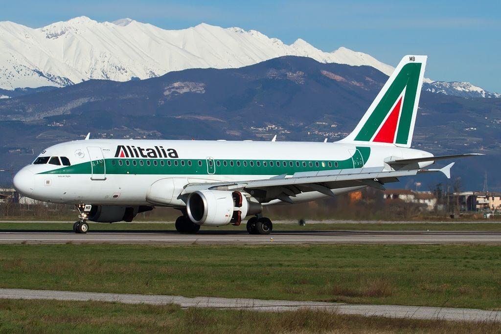 EI IMB Airbus A319 112 Alitalia Isola del Giglio at Verona Villafranca Airport