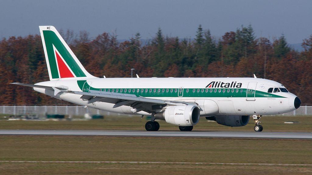 EI IME Alitalia Airbus A319 100 Isola di Panarea at Frankfurt Airport
