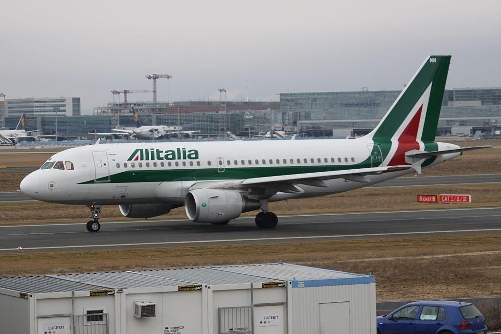 EI IMM Airbus A319 100 Alitalia Vittorio Alfieri at Frankfurt Airport