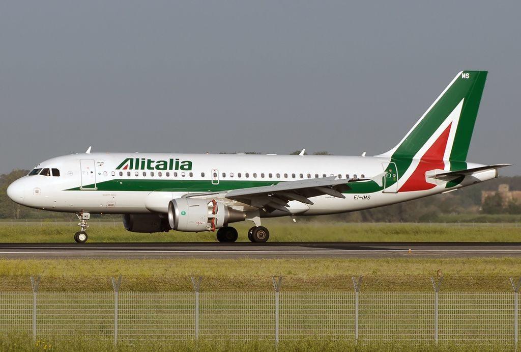 EI IMS Airbus A319 111 Alitalia Giuseppe Parini at Fiumicino Airport