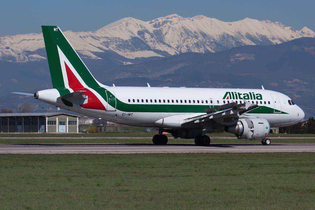EI IMT Airbus A319 111 Alitalia Silvio Pellico at Verona Villafranca Airport