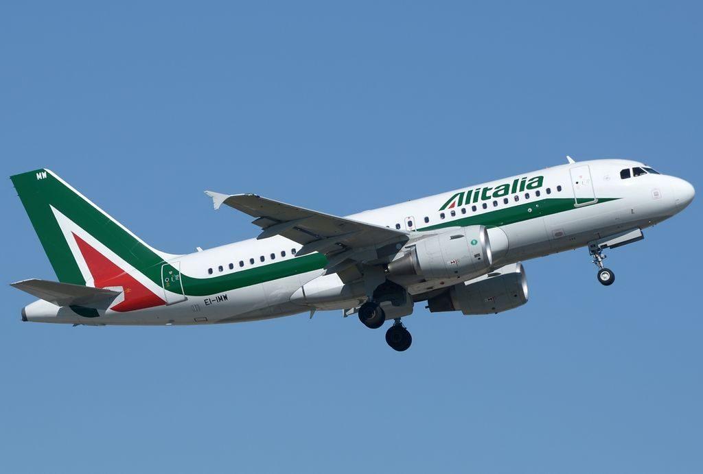 EI IMW Airbus A319 111 Alitalia at Roma Leonardo da Vinci Fiumicino