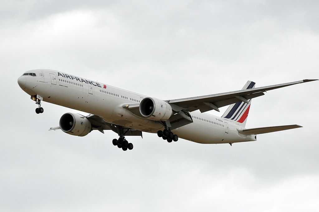 F GSQA Boeing 777 300ER of Air France at Paris Charles de Gaulle Airport