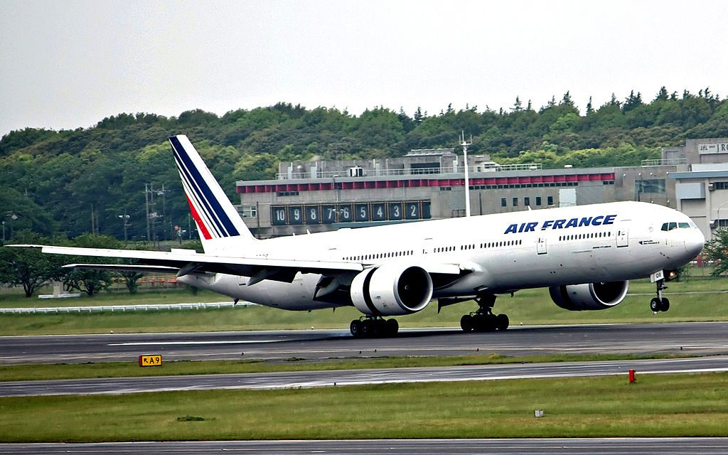 F GSQB Boeing 777 300ER of Air France at Narita International Airport