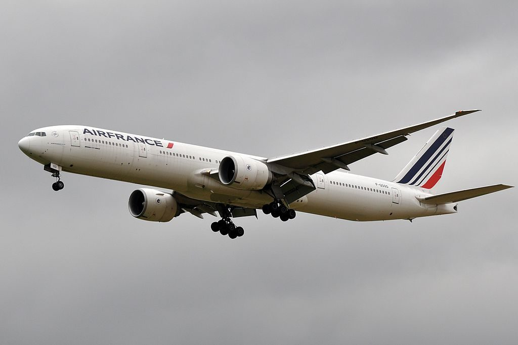 F GSQD Boeing 777 300ER of Air France at Paris Charles de Gaulle Airport