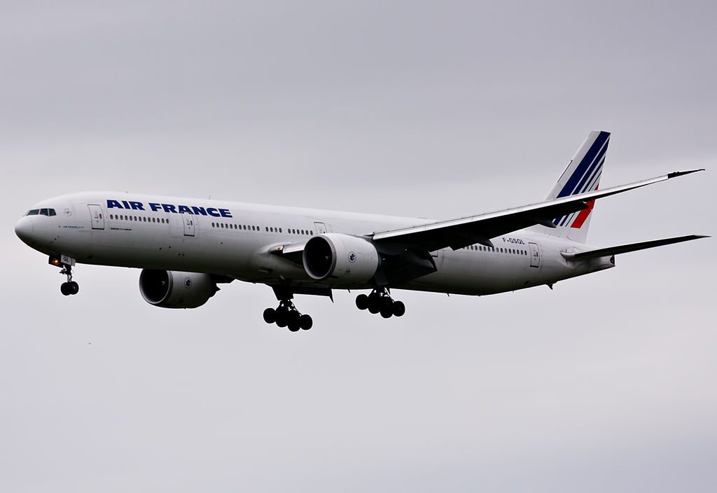 F GSQL Boeing 777 300ER of Air France at Narita International Airport