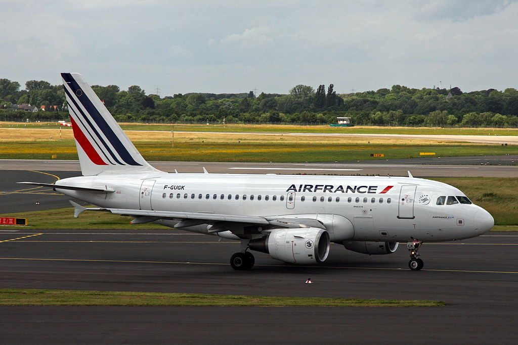 F GUGK Airbus A318 100 of Air France at Düsseldorf Airport
